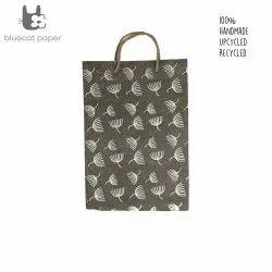 Linen Carry Bag (L) - off-white dandelion print, jute rope handles