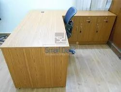 Wooden Office Manager Table By Smart Desk