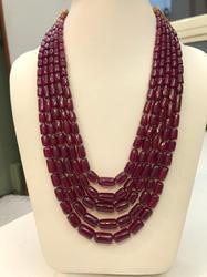 Red Stylish Glass Filled Dholki Necklace