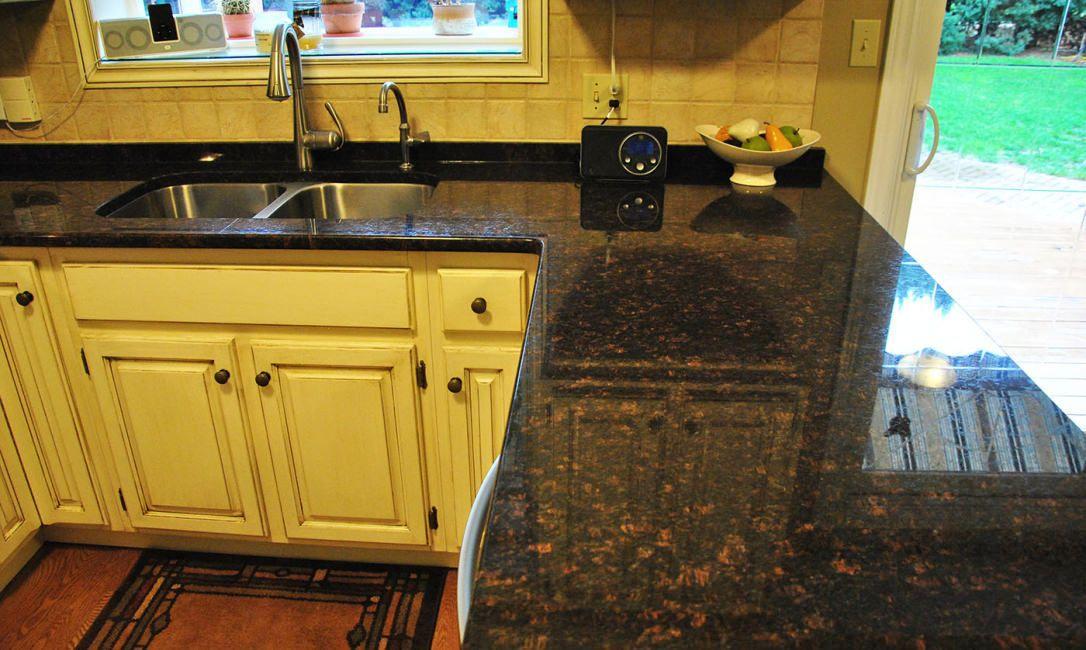 Tan Brown Granite 15 20 Mm And 25 Mm Rs 140 Square Feet Rainbow Inc Id 14881002833