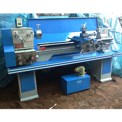 Automatic Center Lathe Machine