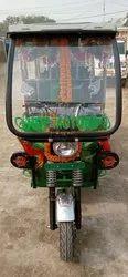 Black 4 Seater Electric Rickshaws