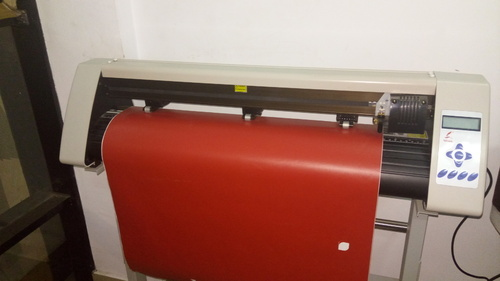 Redsail Brand Vinyl Radium Sticker Cutting Plotter Machine