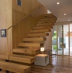 Floating Stair - Suspended