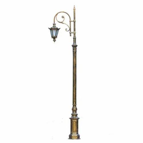 Cast Iron Tradition Street Lamp Post