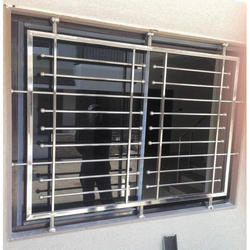58mm X 58mm Villa Window Upvc Windows With Grill, Glass Thickness: 5 Mm