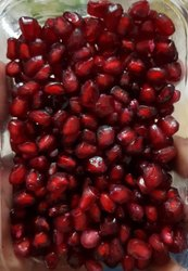 Fresh Red Pomegranates, Packaging Type: Carton, Packaging Size: 5 Kg