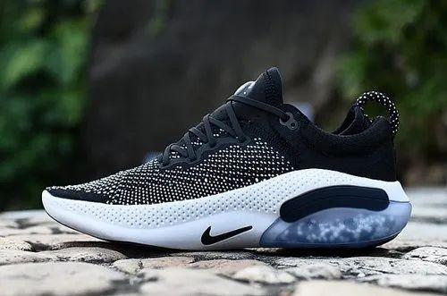 nike shoes below 1500 rupees