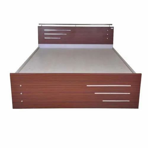 nice shoes 34d28 f4187 Polish Finish Wooden Single Bed