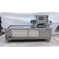 Linear Tray Sealing Machine