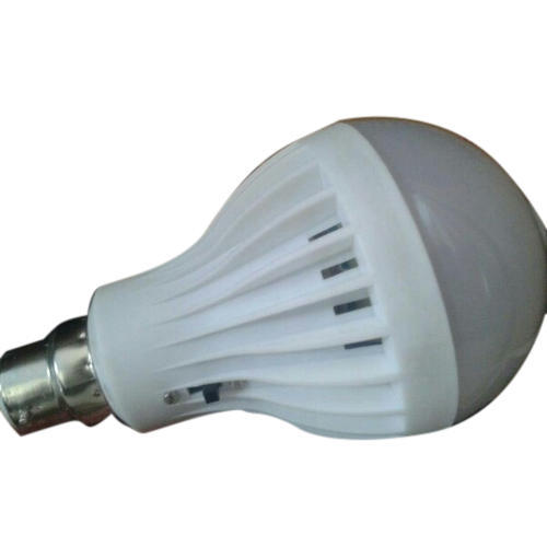 Plastic Cool White LED Bulb, Base Type: B22
