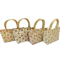 Raw Silk Handled Rassi Handle Bag, Bag Size: 11x6 Inch