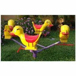 Duck Merry Go Round Se-029