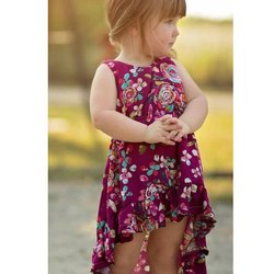 Floral Print Western Wear Baby Girls Printed Rayon Frock, Packaging Type: Packet