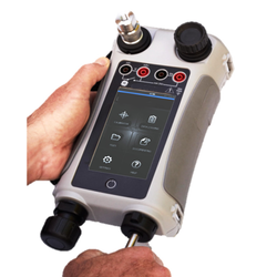 Portable Pneumatic Pressure Calibrator DPI611