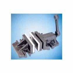 2 Pc. Milling Vise Adjustable