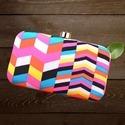 Multicolor Printed Box Clutch