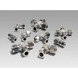 Stainless Steel Tube Fittings, Size: 3/4 and 2 inch