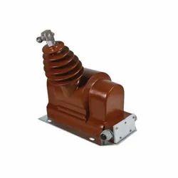 AMREST Single Phase Outdoor Resin Cast Voltage Transformer, Input Voltage: upto 33kV