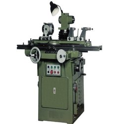KP-141 Tool And Cutter Grinder Machine, Size: 350, Swing Over Table: 300