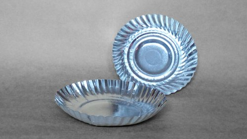 Plain Round Silver Paper Plate, Packaging Type: Packet