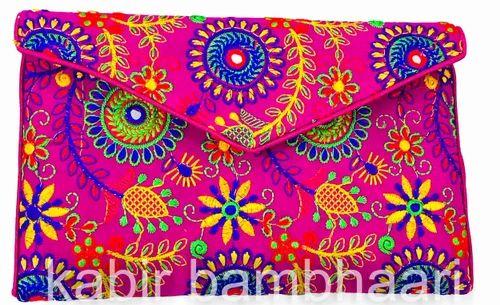 8218e89744d0b Handicraft Embroidered Sling Clutch Bag Circle Velvet