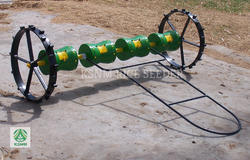 Agricultural Seeder Machinery, Weight: 10 kg
