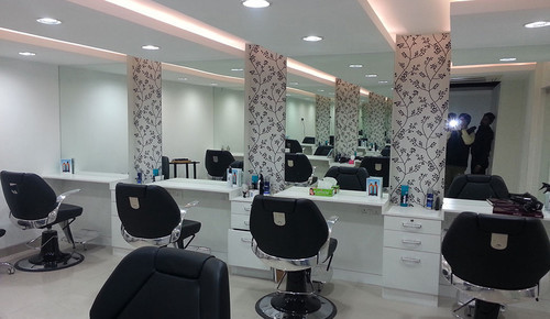 Modular Salon Decoration Commercial Interior Service In Newtown