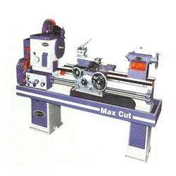 MD 212H Medium Duty Lathe