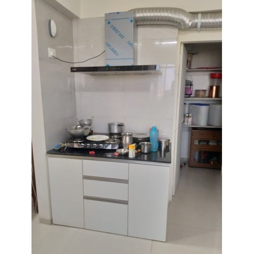 White Melamine Modern Wooden Kitchen Cabinet Rs 1800 Square Feet