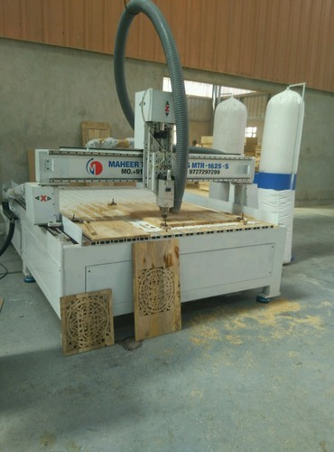 8 And 8 Fully Automatic Cnc Wood Router Cutting Machine Rs 650000