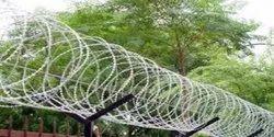 Single Razor Galvanized 610 SBBT Concertina Fence, Core Wire Diameter: 2.50 Mm, 0.50 Mm