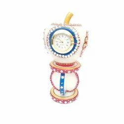 Decorative Round Stone Watch