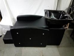 Black Leather Parlour Shampoo Chair