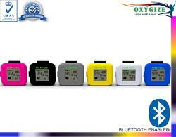 oxygize oximeter with bluetooth app service and water resistant in white