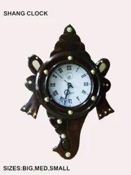 Wooden Handicraft Clock In Shanghu Shape