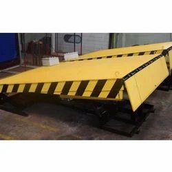 Semi Automatic Dock Levelers