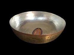 1 Kadahi Brass, Shape: Round Bottom, Size: 21 Cm Upper Dia