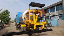 Bitumen Pressure Distributor (Truck Mounted)