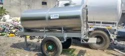 3000 Ltr Capacity SS Water Tanker Mounted on Trailer Chassis