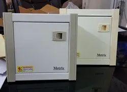 Off - White Type Manual Miniature Circuit Breaker Box, Ip Rating: Ip65