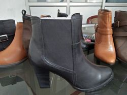 Ladies Leather Casual Shoes, Size: 36 to 41