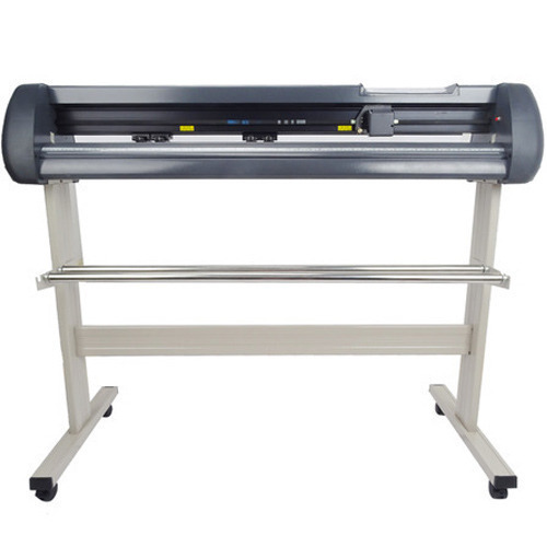 Portable Cutting Plotter, Capacity: 4 m