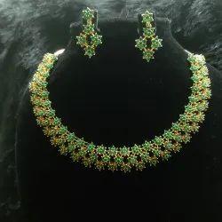 Brass Golden Ladies Necklace, Plastic