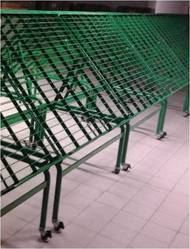 Multicolor Green Fruit & Vegetable Ramp with Caster Wheel, Size: 1000x600x1500 Mm, for Supermarket