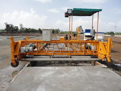 Screed Paver Finisher