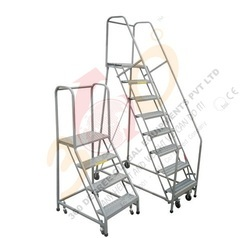 Step Ladder With Platform