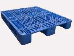 DOSSIER Plastic Pallets, For Industrial, Capacity: 3,000kg