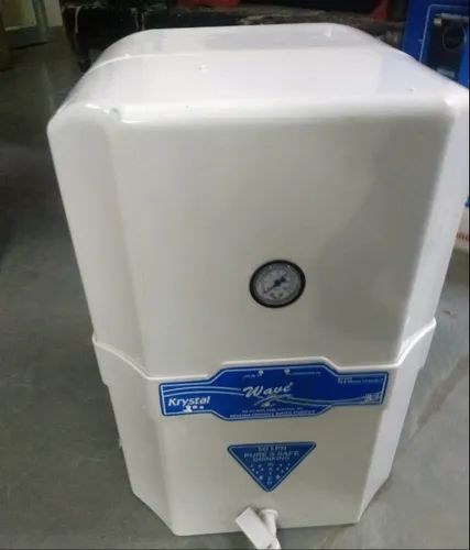White RO Water Purifier, Capacity: 14.1 L and Above