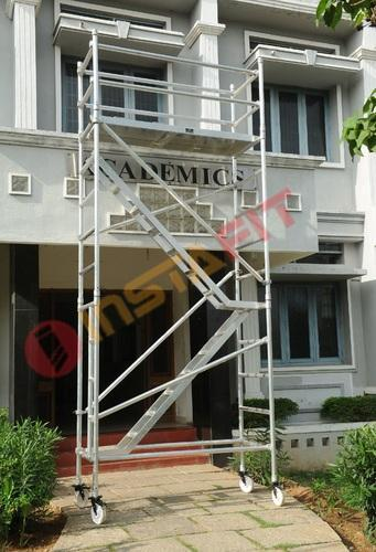 Aluminum Mobile Scaffold With Step